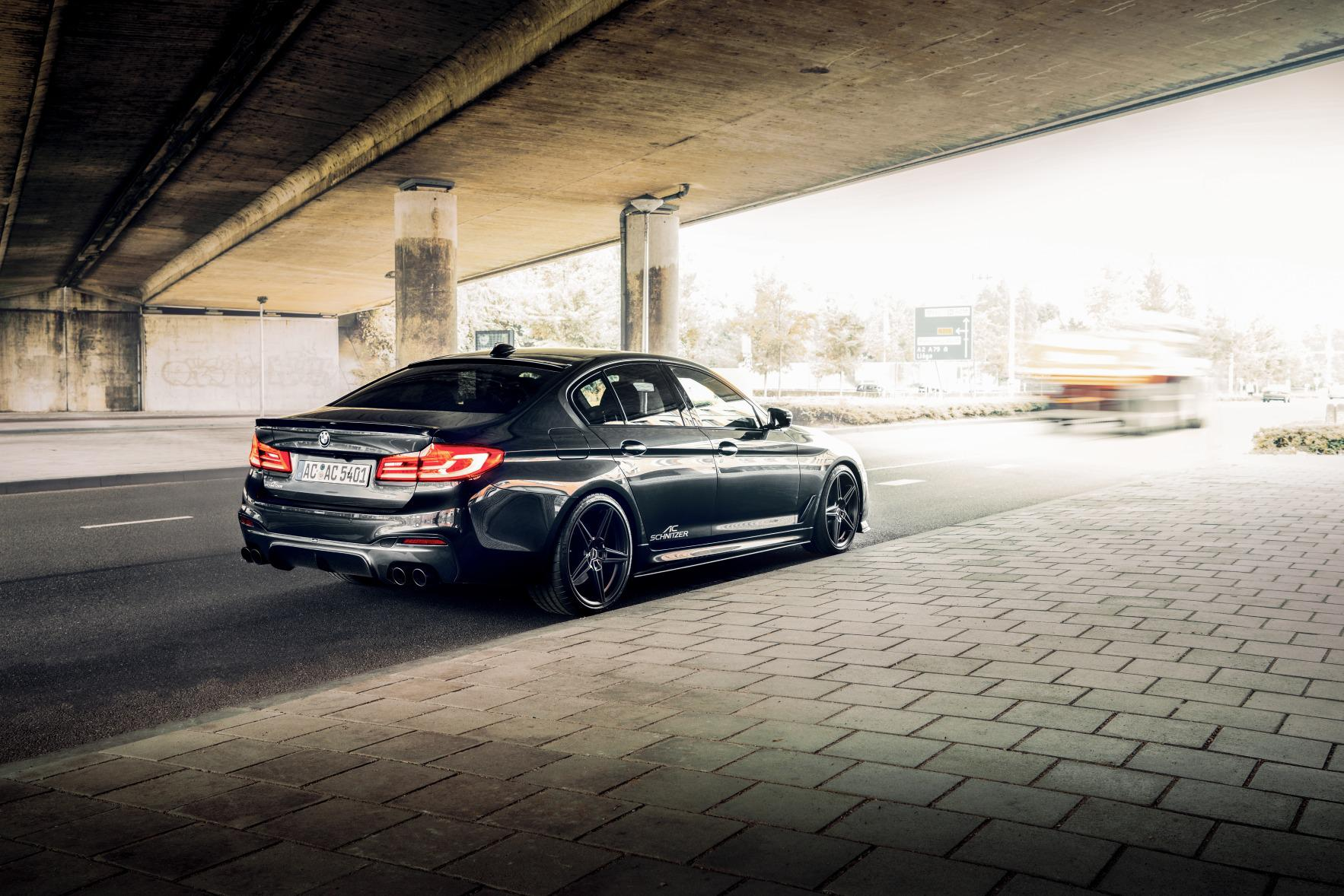 http://www.advent.jp/blog/BMW_5er_Limousine_by_AC_Schnitzer_hinten_stehend_bruecke_72.jpg